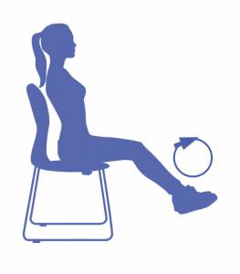 fitness para piernas en la silla de oficina